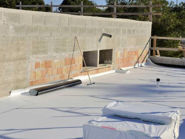 Why You Should Repair Commercial Roofing in San Antonio