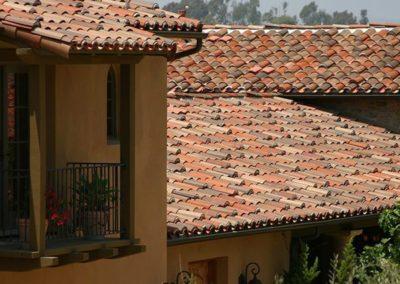 advantages vs disadvantages of tile roofs